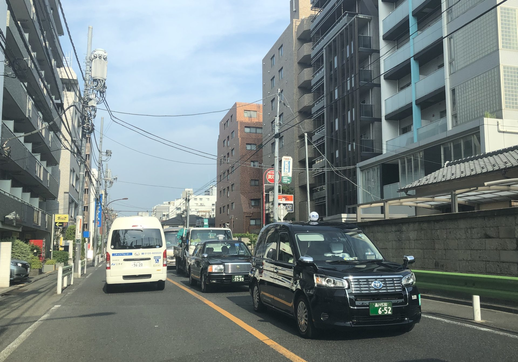 ラッキータクシー株式会社(板橋区)本社営業所 タクシー求人 東京都・入社祝い金支給